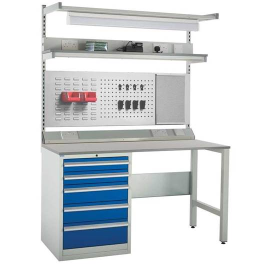 Picture of System Tek Workbenches